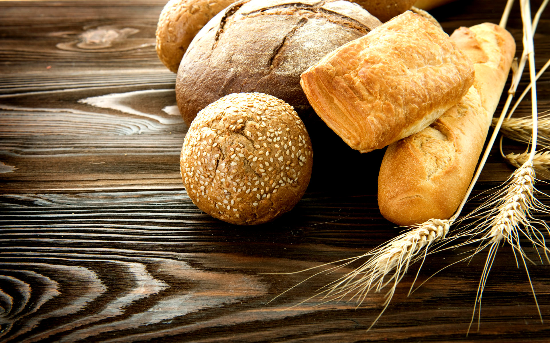 gluten Gluten is a protein found in certain grains, like wheat, barley, and rye some people need to avoid it, but should you let's dig into the truth.